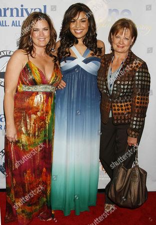 Jordin Sparks with Mother Jodi Sparks and Grandmother Pam