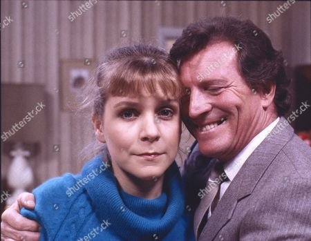 Wendy Jane Walker (as Susan Baldwin) and Johnny Briggs (as Mike Baldwin)