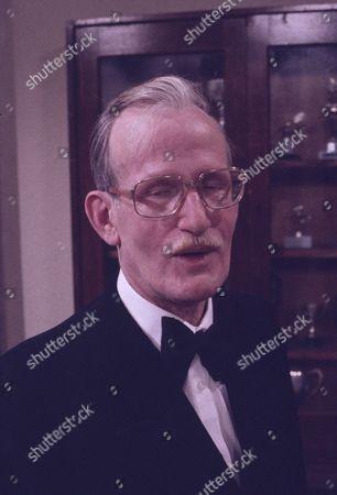 Ted Morris (as Mr Prendergast)