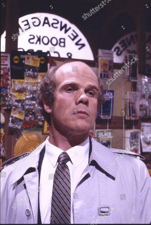 Martin Oldfield (as Mr Reeman)