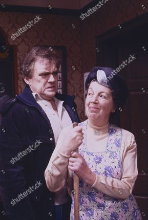 William Tarmey (as Jack Duckworth) and Fanny Carby (as Amy Burton)