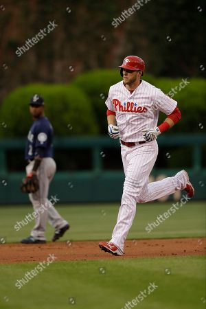 Philadelphia Phillies' Michael Saunders in action during a baseball game against the Seattle Mariners, in Philadelphia