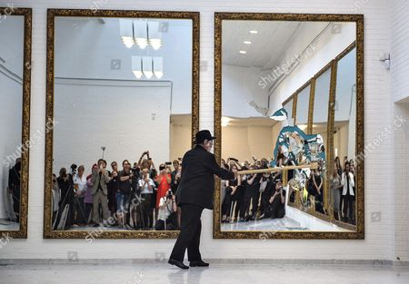Italian Artist Michelangelo Pistoletto Smashes As Part of a Performance 11 Mirrors in His Piece 'Eleven Less One' Completing the Artwork at the Aalborg Art Museum in Aalborg Denmark 16 September 2016 Behind Each of the Smashed Mirror Surfaces Are Strong and Clear Colors Denmark Aalborg