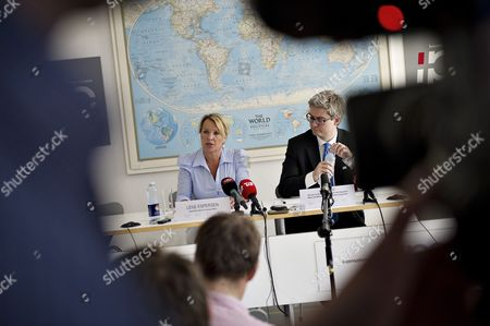 Lene Espersen (l) Danish Foreign Minister and Soeren Pind Danish Minister For Refugee Immigration and Integration Affairs and Minister For Development Cooperation Inform the M Edia on the Customs Control Agreement During a Media Briefing in Copenhagen 10 June 2011 Denmarks Minority Government 10 June Failed to Avert a Parliamentary Vote on Its Controversial Plan to Introduce Tighter Border Controls and Now Faces a Potential Cliffhanger Vote the Government Which Lacks an Outright Majority Had Hoped the Parliamentary Finance Committee Would Approve the Plan However the Committee Referred It to Parliament Setting the Scene For a Tricky Vote the Government Insists the Move Would not Violate European Union Rules Such As the Agreement Governing the Border-free Schengen Zone and the Blocs Internal Market Rules the European Commission and Neighbouring Germany Have However Voiced Concerns Over the Plan and Its Ramifications Denmark Copenhagen