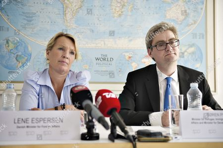 Lene Espersen (l) Danish Foreign Minister and Soeren Pind Danish Minister For Refugee Immigration and Integration Affairs and Minister For Development Cooperation Inform the M Edia on the Customs Control Agreement During a Media Briefing in Copenhagen 10 June 2011 Denmarks Minority Government 10 June Failed to Avert a Parliamentary Vote on Its Controversial Plan to Introduce Tighter Border Controls and Now Faces a Potential Cliffhanger Vote the Government Which Lacks an Outright Majority Had Hoped the Parliamentary Finance Committee Would Approve the Plan However the Committee Referred It to Parliament Setting the Scene For a Tricky Vote Denmark Copenhagen