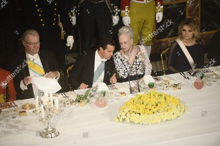 (l-r) Danish Prince Consort Henrik Mexico's President Enrique Pena Nieto Danish Queen Margrethe and Mexico's First Lady Angelica Rivera Attend a Gala Dinner at Fredensborg Palace in Fredensborg Island of Zealand Denmark 13 April 2016 the Mexican President is on an Official Visit to Denmark From 13 to 14 April Denmark Fredensborg