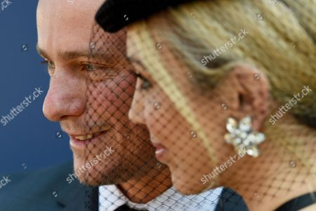 Australian Former World No 1 Tennis Player Lleyton Hewitt (l) and His Wife Bec Hewitt Arrive to Attend the Aami Victoria Derby Day Horse Racing at Flemington Racecourse in Melbourne Victoria Australia 29 October 2016 Australia Melbourne