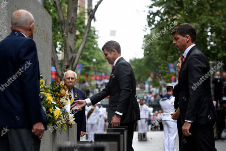 Nsw Premier Mike Baird (c) Lays a Wreath During the Remembrance Day Service at the Cenotaph in Sydney New South Wales (nsw) Australia 11 November 2016 Remembrance Day Informally Known As Poppy Day is a Memorial Day Observed in Commonwealth of Nations Member States Since the End of the First World War (wwi) to Remember the Members of Their Armed Forces who Have Died in the Line of Duty the Anniversary is Used to Remember All the People who Have Died in Wars not Just Wwi Australia Sydney