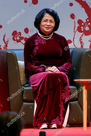 Vice President of Vietnam Dang Thi Ngoc Thinh attends the 2017 Global Summit of Women, Tokyo, Japan.