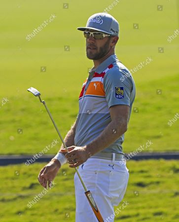 Graham DeLaet of Canada reacts as he putts on the second green during the first round of THE PLAYERS Championship at TPC Sawgrass Stadium Course in Ponte Vedra Beach, Florida, 11 May 2017. The tournament runs 11 May through 14 May.