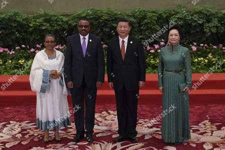 Xi Jinping, Peng Liyuan, Hailemariam Desalegn and Roman Tesfaye