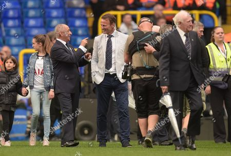 Ossie Ardiles and Teddy Sheringham laugh during the Premier League match between Tottenham Hotspur and Manchester United played at White Hart Lane, London on 14th May 2017