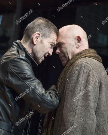 Stock Picture of Greg Hicks as Richard III, Peter Guinness as Buckingham