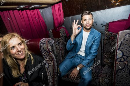 Robin Bengtsson in the bus after the final