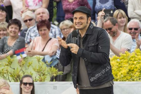 """Editorial photo of The German tv show """"ZDF Fernsehgarten"""", Mainz, Germany - 14 May 2017"""