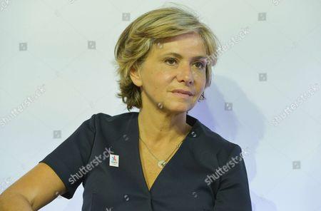 Valerie Pecresse, President of Ileana Cabra de France Region.