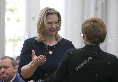 Annegret Kramp-Karrenbauer, Anke Rehlinger
