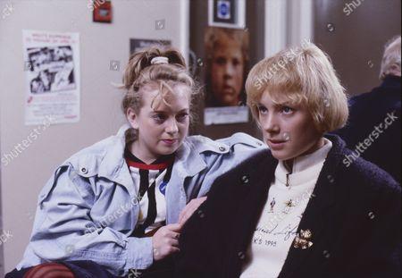 Julie Foy (as Gina Seddon) and Sally Dynevor (as Sally Webster)
