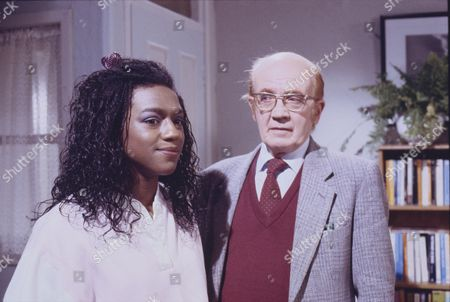 Lisa Lewis (as Shirley Armitage) and Kenneth Waller (as Arthur Watts)
