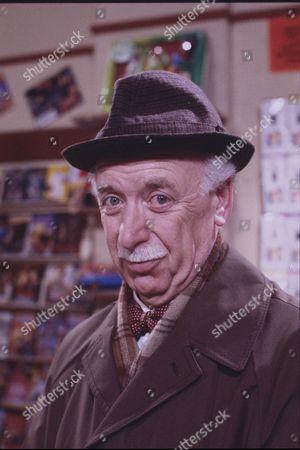 Keith Marsh (as Harry Ashton)