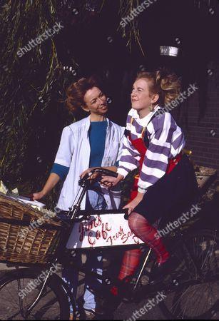 Helen Worth (as Gail Tilsley) and Julie Foy (as Gina Seddon)