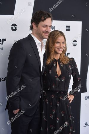 Tom Everett Scott, Andrea Savage