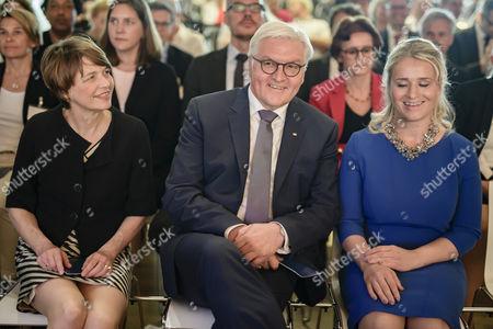 Frank-Walter Steinmeier, Verena Bentele and Elke Buedenbender