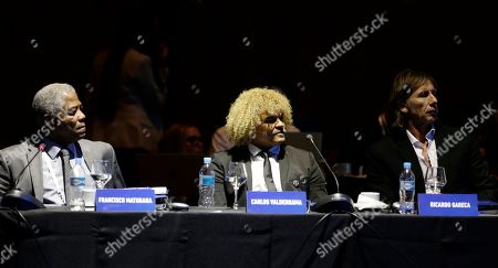 "Francisco Maturana, Carlos Valderrama, Ricardo Gareca Former soccer players, from left, Colombian Francisco Maturana, Colombian Carlos Valderrama, center, and Argentine Ricardo Gareca attend the symposium ""Let's Discuss Soccer"" at the Conmebol Museum Hall in Luque, Paraguay"
