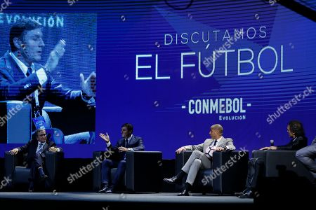 """Javier Zanetti, David Trezeguet, Oscar Ruggeri, Carlos Parreira Argentina's Javier Zanetti, second from left, talks as Brazil's Carlos Parreira, left, Argentina's David Trezeguet, second from right, and Oscar Ruggeri attend the symposium """"Let's Discuss Soccer"""" at the Conmebol Museum Hall in Luque, Paraguay"""