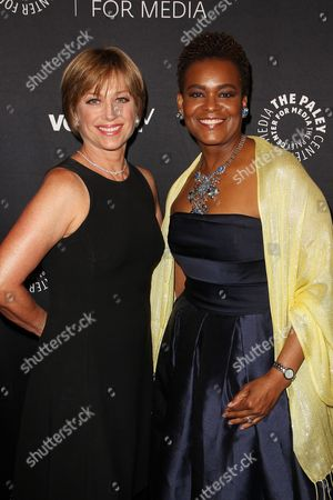 Stock Picture of Dorothy Hamill and Rose Kirk (President; Verizon Foundation)
