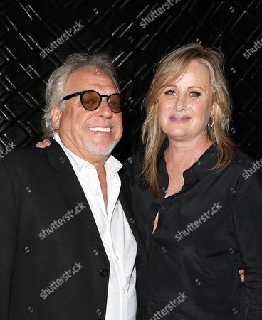Kelly Stone, Bruce Singer