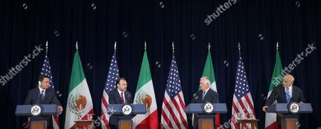 US Secretary of State Rex Tillerson (2-R), Mexican Foreign Secretary Luis Videgaray (2-L), Mexican Secretary of Government Miguel Angel Osorio Chong (L) and Secretary of Homeland Security John Kelly (R) participate in press conference following the Strategic Dialogue on Disrupting Transnational Criminal Organizations at the State Department in Washington, DC, USA, 18 May 2017.