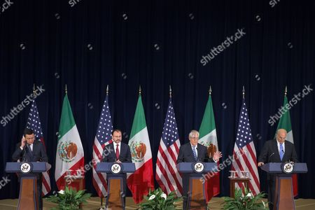 US Secretary of State Rex Tillerson (2-R), with Mexican Foreign Secretary Luis Videgaray (2-L), Mexican Secretary of Government Miguel Angel Osorio Chong (L) and Secretary of Homeland Security John Kelly (R), responds to a question from the news media after participating in the Strategic Dialogue on Disrupting Transnational Criminal Organizations at the State Department in Washington, DC, USA, 18 May 2017.