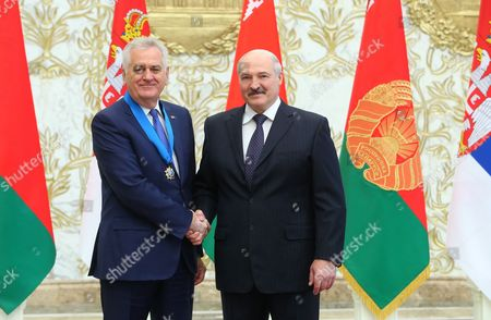 Belarussian President Alexander Lukashenko (R) and Serbian President Tomislav Nikolic (L) pose for the media during their meeting in Minsk, Belarus, 18 May 2017. Tomislav Nikolic is on his one-day working visit in Belarus.