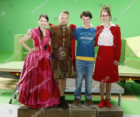 Julia Hartmann, Axel Stein, Oskar Keymer, Anja Kling