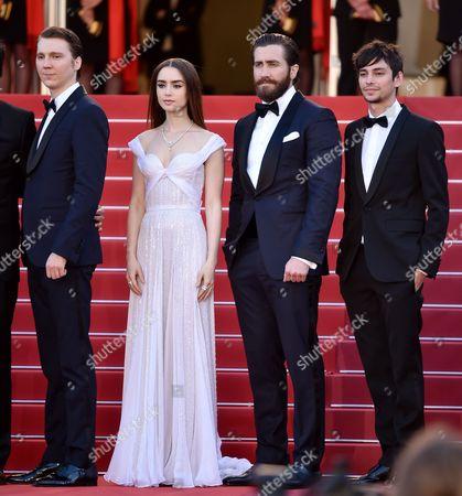 Paul Dano, Lily Collins, Jake Gyllenhaal and Devon Bostick