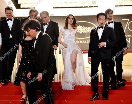 Seo-Hyeon Ahn, Bong Joon-Ho, Lily Collins, Steven Yeun and Devon Bostick
