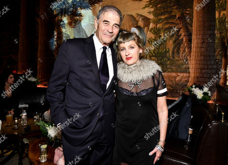 Robert Forster and Kimmy Robertson