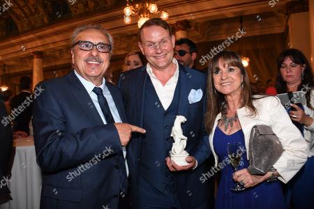 Wolfgang Stumph, Devid Striesow and Christine Stumph,
