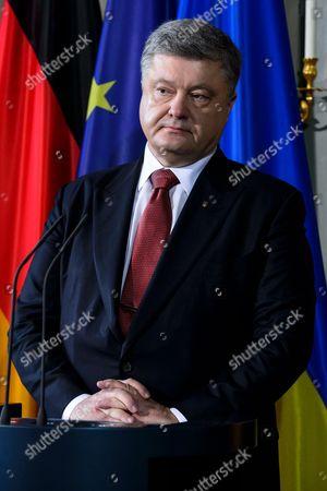 Editorial photo of Visiting Ukrainian president Poroshenko at the official guest house Schloss Meseberg, Gransee, Germany - 20 May 2017