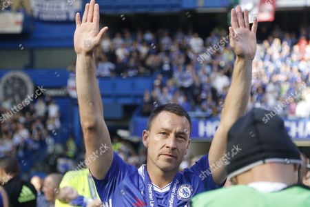 Chelsea Defender John Terry (26) thanks Roman Abramovic during the Premier League match between Chelsea and Sunderland at Stamford Bridge, London