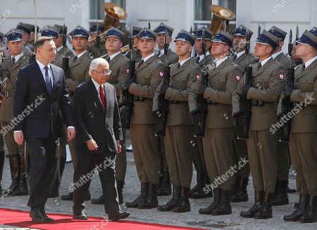 Andrzej Duda, Tony Tan Keng Yam Polish President Andrzej Duda, left, and President of Singapore Tony Tan Keng Yam attend a welcoming ceremony at the Presidential Palace in Warsaw, Poland