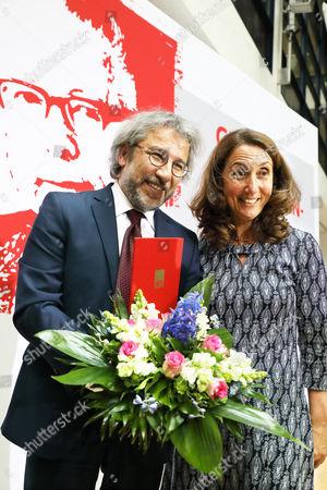 Can Dundar , Aydan Ozoguz