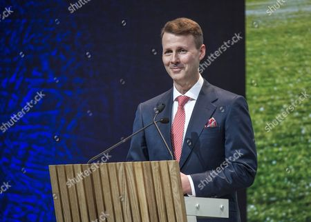 Nokia Chairman of the Board Risto Siilasmaa delivers an address to the Nokia Annual General Meeting in Helsinki, Finland, 23 May 2017. Nokia and Apple on 23 May announced they had settled a dispute on intellectual property and reached an agreement for a patent license.