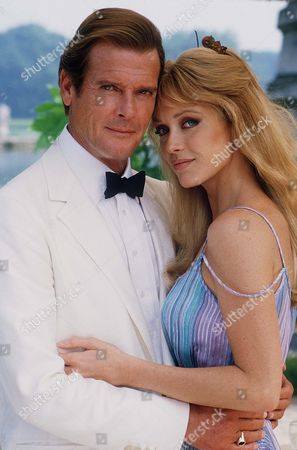 Editorial picture of Roger Moore dies aged 89 - 23 May 2017