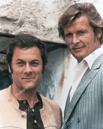 "Tony Curtis and Sir Roger Moore in TV Series : ""The Persuaders ! (aka ""Amicalement Votre"") . GB - 1971."