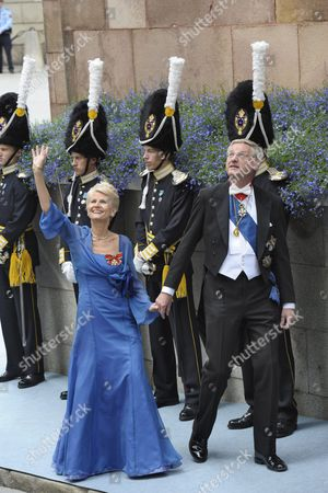 Swedish Foreign Minsiter Carl Bildt (r) and His Wife Anna Maria Corazza Bildt Arrive to Stockholm's Storkyrkan Cathedral For the Wedding of Swedish Crown Princess Victoria and Daniel Westling in Stockholm Sweden 19 June 2010 the Bridal Couple Shares the June 19 Wedding Date with Princess Victoria's Parents King Carl Xvi Gustaf and Queen Silvia who Married on 19 June 1976 in the Same Cathedral Sweden Stockholm