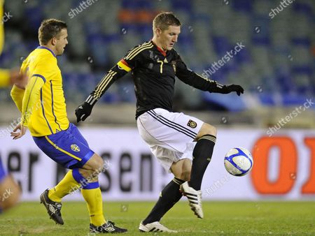 Germany's Sebastian Schweinsteiger (r) Vies For the Ball with Sweden's Anders Svensson (l) During the Friendly Soccer Match Between Sweden and Germany at Ullevi Stadium in Gothenburg Sweden 17 November 2010 Sweden Gothenburg