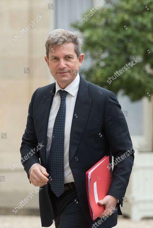 Louis Gautier arriving for a defence council