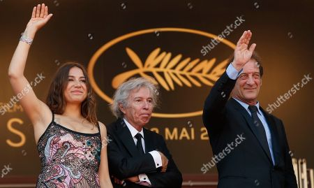 Vincent Lindon, Jacques Doillon, Izia Higelin Actors Vincent Lindon, right, director Jacques Doillon and actress Izia Higelin, at left, wave to the crowds as they pose for photographers upon arrival at the screening of the film Rodin at the 70th international film festival, Cannes, southern France